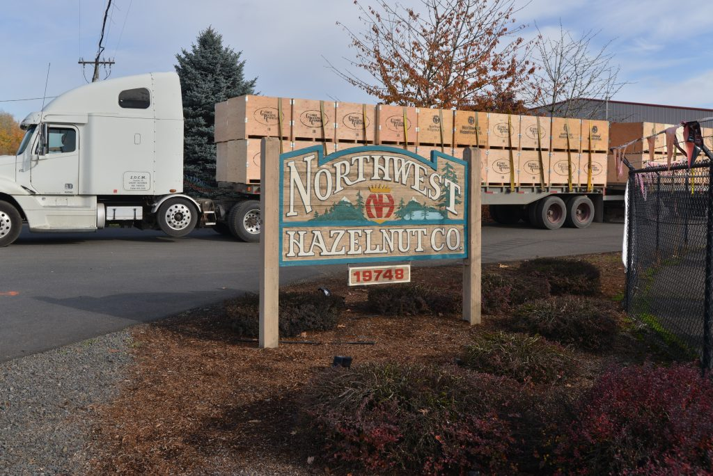 Hazelnut Growers in Pacific Northwest Help Neighborhood Restaurant